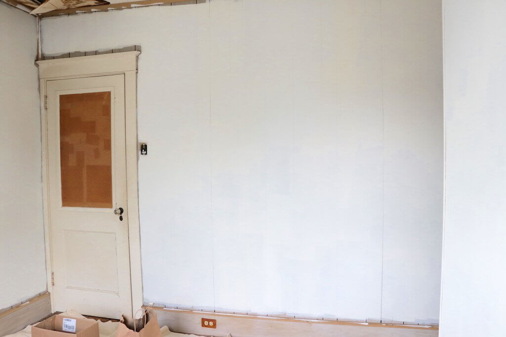 DIY Kids Room Makeover after painting paneling 2