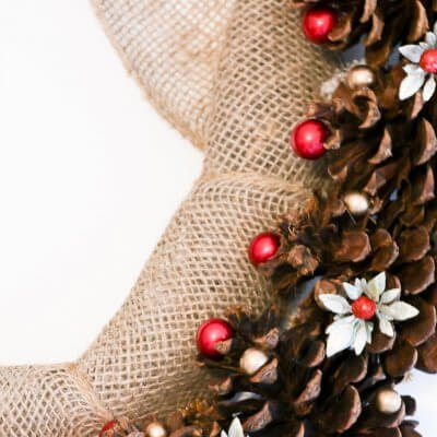 DIY Rustic Pine Cone Christmas Wreath